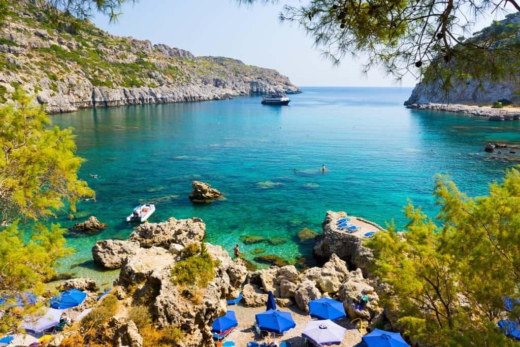 Anthony Quinn Bay Rhodes -The Best Rhodes Beaches