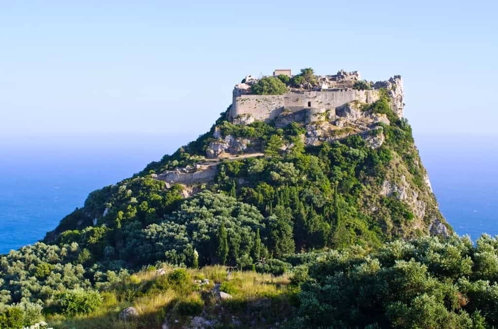 Angelokastro - what to do in Corfu