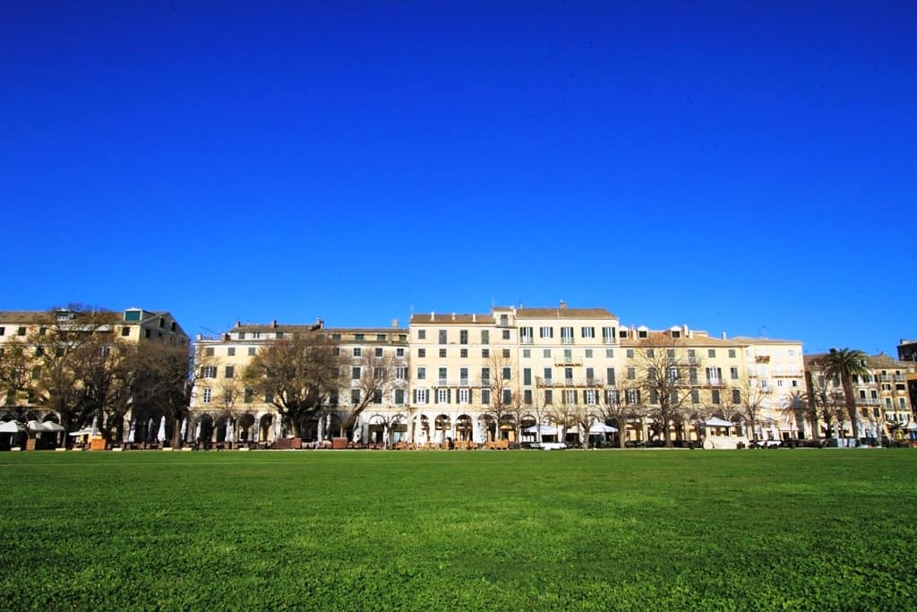 Things to do in Corfu- Spianada square