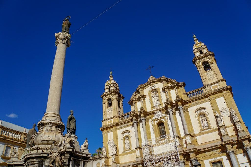 Piazza San Domenico - one day in Palermo