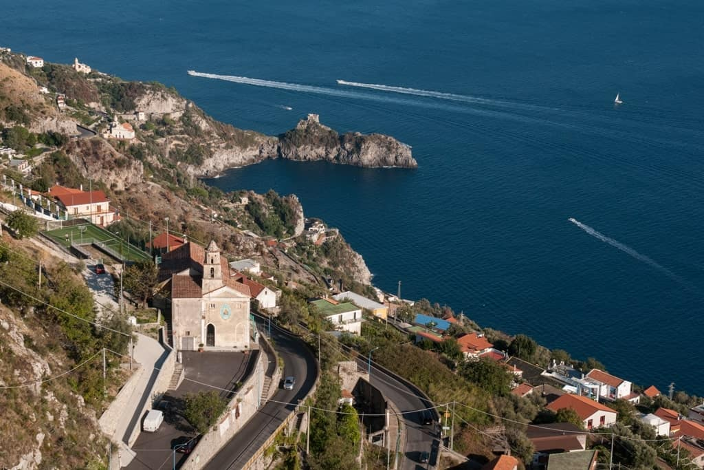 the best [lace to stay in the Amalfi Coast in Italy - Fuore