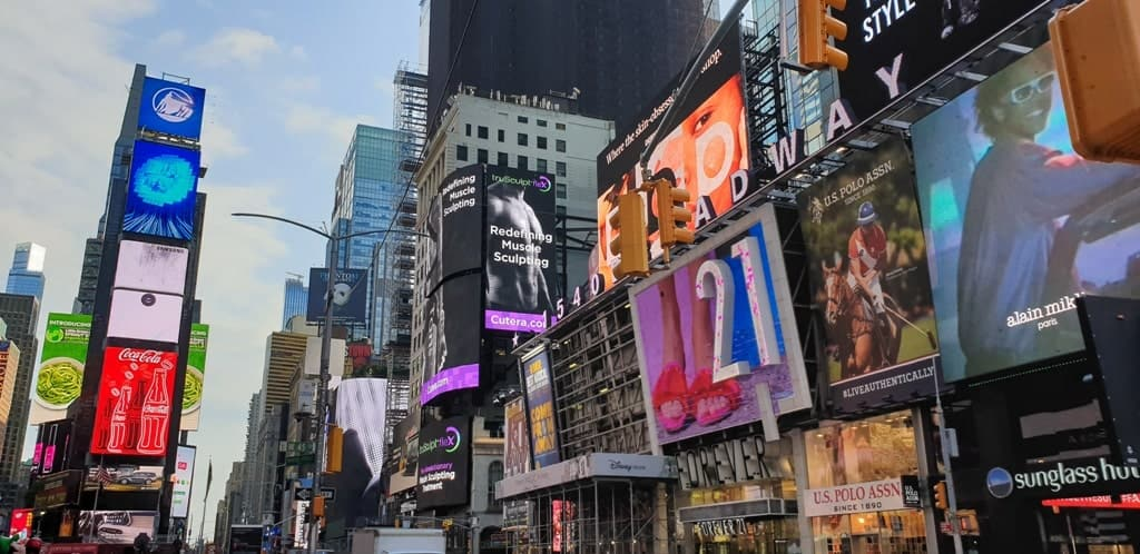 Times Square New York itinerary 5 days